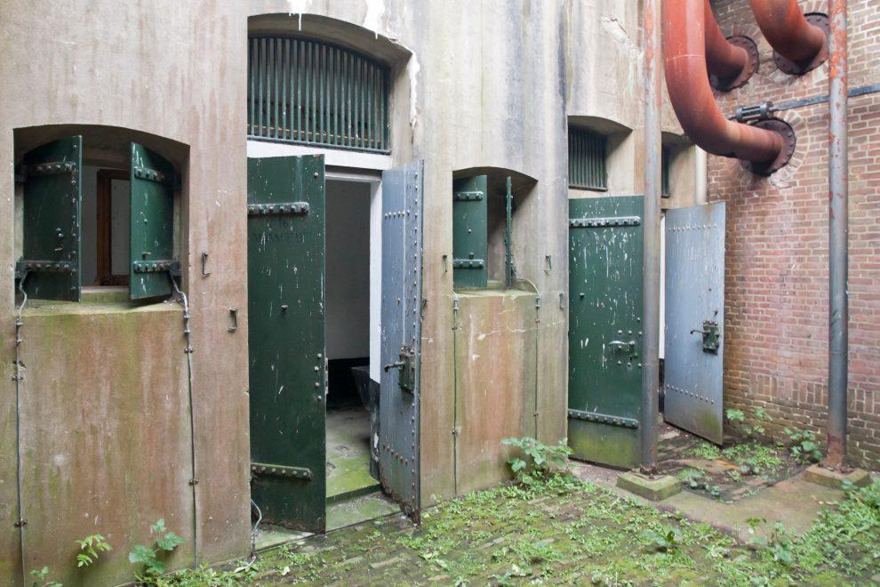 Stalen deuren van Fort Westoever
